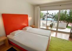 Marina Club I - Lagos - Bedroom