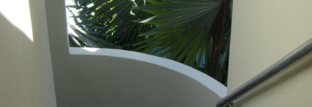 El Patio Motel - Key West - Hall