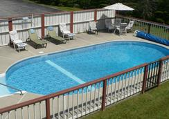 Mendon Mountainview Lodge - Killington - Pool
