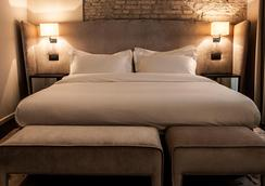 D.O.M Hotel - Rome - Bedroom