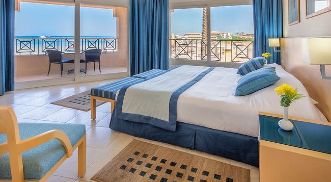 Cleopatra Luxury Resort - Makadi Bay - Hurghada - Bedroom