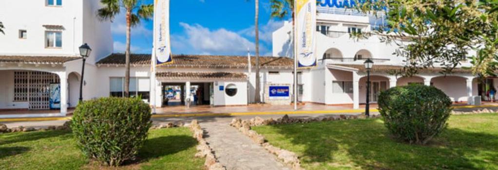 Globales Bouganvilla - Sa Coma - Building