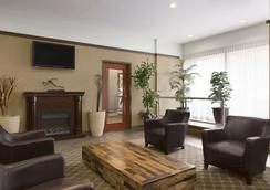 Travelodge Hotel Vancouver Airport - Richmond - Lobby