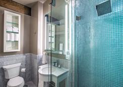 Mark Spencer Hotel - Portland - Bathroom