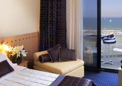 Hotel Sporting Rimini - Rimini - Bedroom
