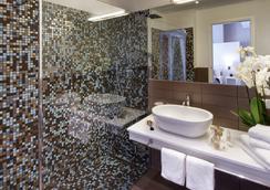 Hotel Biancamano - Rimini - Bathroom