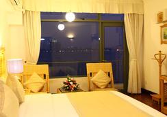 Thang Loi Hotel - Hanoi - Bedroom