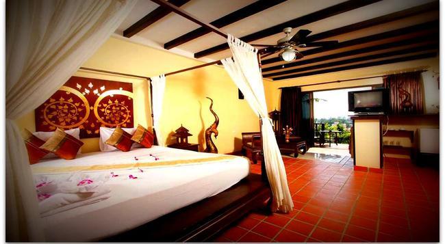 Boomerang Village Resort - Karon - Bedroom