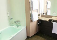 Oceania Paris Porte de Versailles - Paris - Bathroom