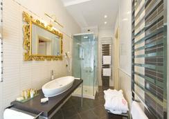 Savoia & Jolanda - Venice - Bathroom
