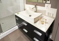 The Eo Inn - Downtown - Orlando - Bathroom