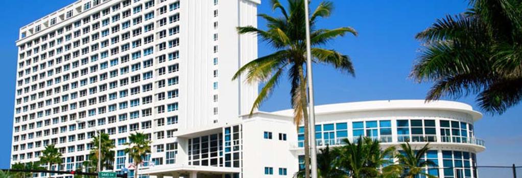 Deluxe by Design Suites Miami - Miami Beach - Building