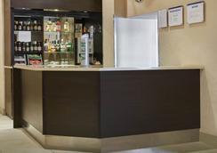 Victor Hotel - London - Bar