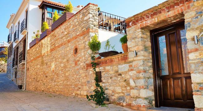 Ayasoluk Hotel - Selçuk - Building