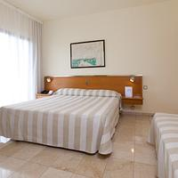 Expo Hotel Barcelona Guest room