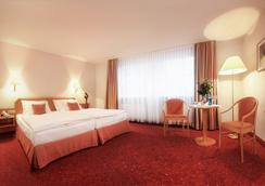 Parkhotel Diani - Leipzig - Bedroom