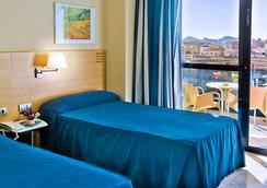 Hotel Madeira Centro - Benidorm - Bedroom