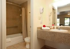 Monterey Oceanside Inn - Monterey - Bathroom
