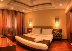 Hotel Deepa Comforts - Mangalore - Bedroom
