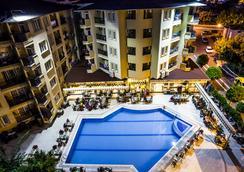 Kleopatra Royal Palm Hotel - Alanya - Pool