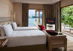 Resorts World Sentosa - Beach Villas - Singapore - Bedroom