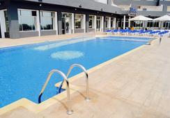 Port Europa - Calp - Pool
