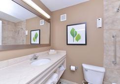 Wyndham Garden Shreveport South - Shreveport - Bathroom