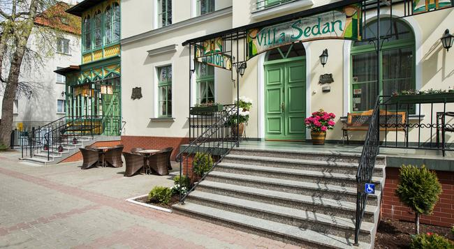 Hotel Sedan - Sopot - Building
