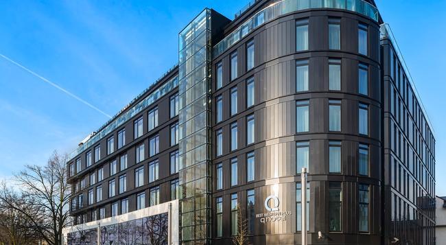 Q Hotel Krakow, BW Premier Collection - Krakow - Building