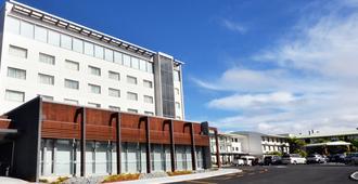 Jet Park Hotel & Conference Centre - Auckland - Building