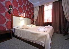 Evropa Hotel - Bishkek - Bedroom