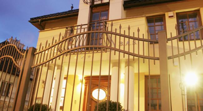 Hotel B.A.S. Villa Residence - Krakow - Building