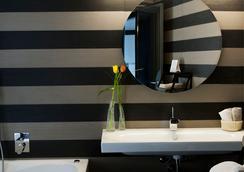 Astoria Palace Hotel - Palermo - Bathroom