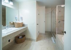 Ocean Park Inn - San Diego - Bathroom