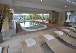 Romantik Hotel Waxenstein - Grainau - Pool