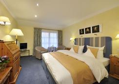 Romantik Hotel Waxenstein - Grainau - Bedroom