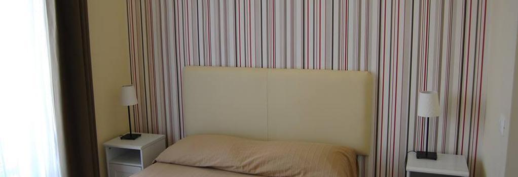 B&B H24 - Reggio Calabria - Bedroom