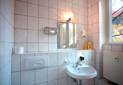 Hotel Aster - Berlin - Bathroom