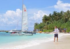 Salt Beach Hotel - Maafushi - Attractions