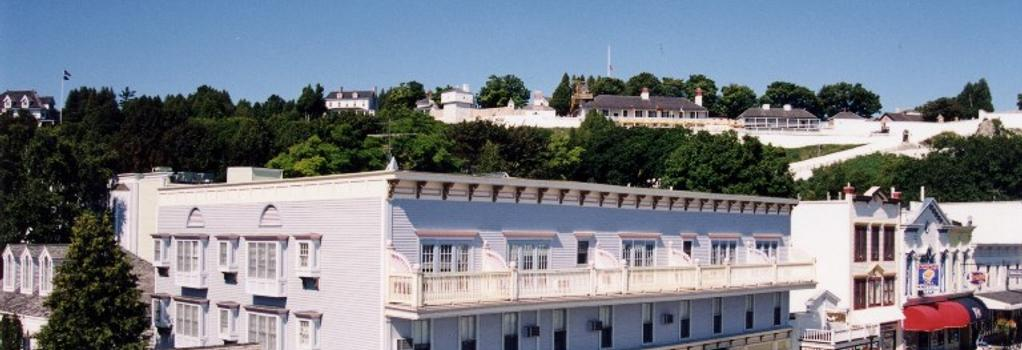 Murray Hotel - Mackinac Island - Building