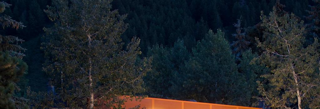 Molly Gibson Lodge - Aspen - Building