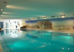 Romantik Hotel Julen - Zermatt - Pool