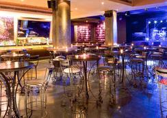 Majestic Hotel Tower - Dubai - Bar