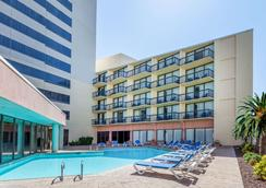 Wyndham Virginia Beach Oceanfront - Virginia Beach - Pool