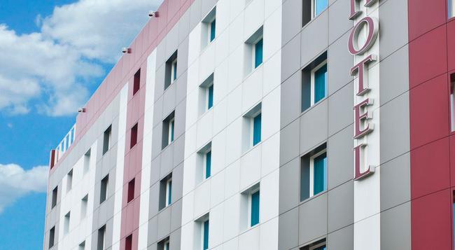 CDH My One Hotel Bologna - Bologna - Building