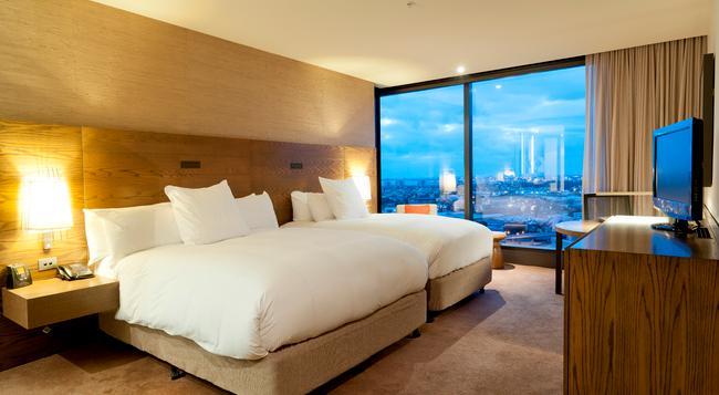 Hilton Melbourne South Wharf - Melbourne - Bedroom