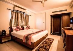 Hotel Suruchi - Gwalior - Bedroom