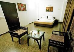 Hotel Vm residency - New Delhi - Bedroom