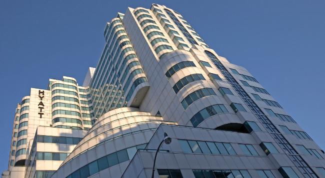 Hyatt Regency Toronto - Toronto - Building