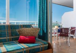 Aparthotel Costa Encantada - Lloret de Mar - Bedroom